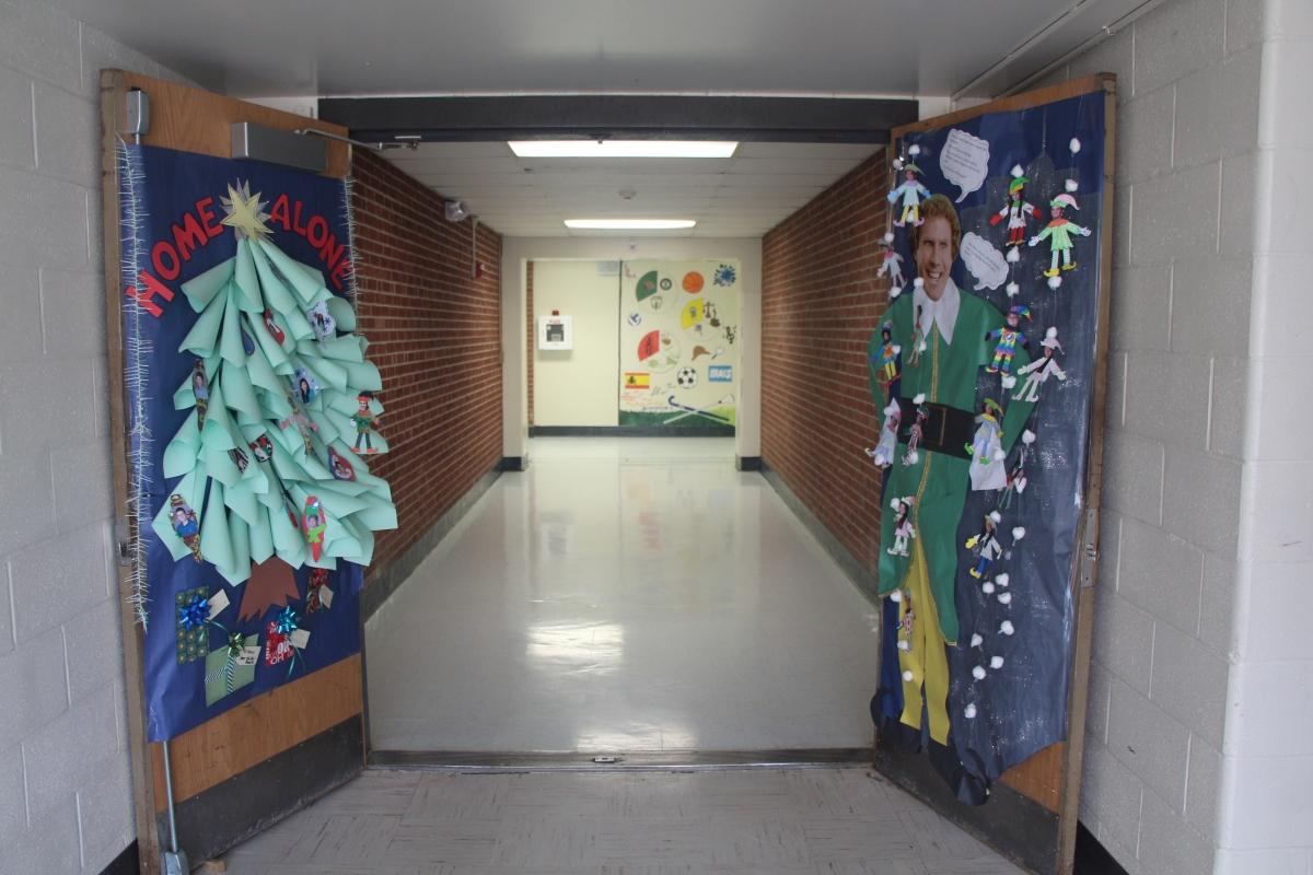 Holiday Door Decorating Challenge The Morgan Pawprint